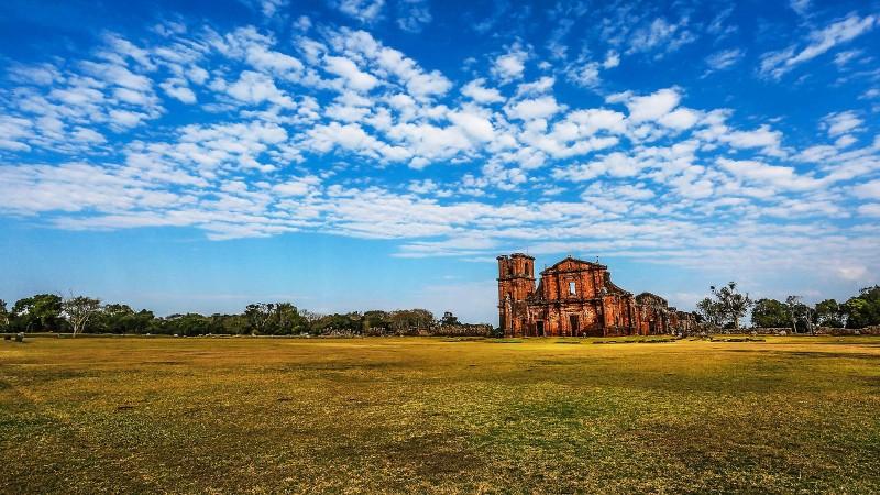 Turismo. Visite o Rio Grande do Sul. Ruínas de São Miguel ... 36a5f9c759813
