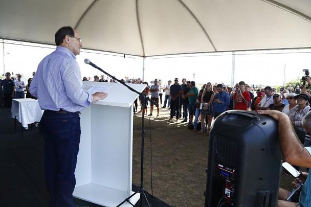 BALNEÁRIO PINHAL, RS, BRASIL 09.03.2018: Ato de assinatura da autorização para licitação das obras de alargamento do acostamento da ERS-040. Foto: Dani Barcellos/Palácio Piratini