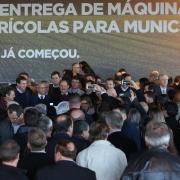 ESTEIO, RS, BRASIL 08.06.2018: Com a presença do Ministro-Chefe da Casa Civil, Eliseu Padilha, e do Ministro-Chefe da Secretaria de Governo, Carlos Marun, o governador, José Ivo Sartori, participou, na tarde desta sexta-feira (8), em frente ao Pavilhão In