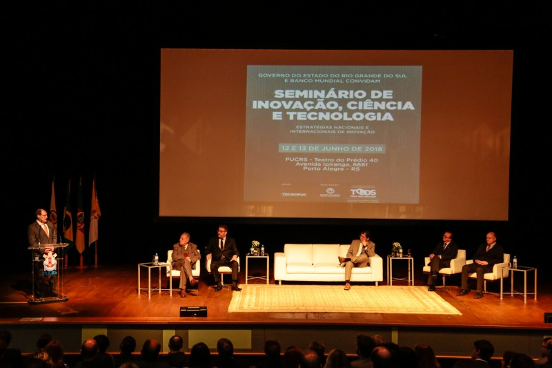 PORTO ALEGRE, RS, BRASIL 12.06.2018: Em uma cerimônia que contou com as presenças do governador José Ivo Sartori, e do secretário do Desenvolvimento Econômico, Ciência e Tecnologia (Sdect), Evandro Fontana, o seminário Estratégias Nacionais e Internaciona