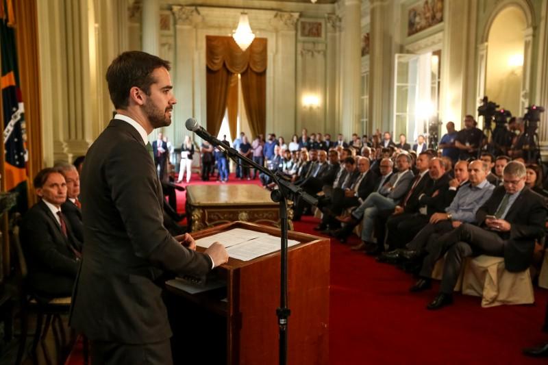 Eduardo Leite salientou que a concessão simboliza o que sua gestão busca para o futuro do Rio Grande do Sul