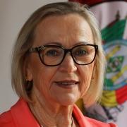 Arita Bergmann, secretária da Saúde