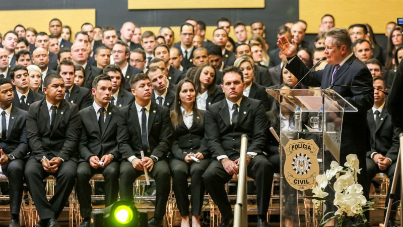 PORTO ALEGRE, RS, BRASIL, 08/072019 - Governadro Eduardo Leite participa da formatura da Academia de Polícia Civil do RS (Acadepol). Fotos: Gustavo Mansur/ Palácio Piratini