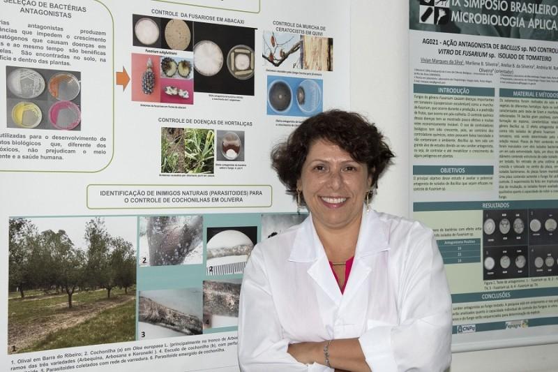 Andréia Mara Rotta de Oliveira