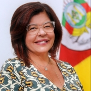 Secretária Tânia Moreira