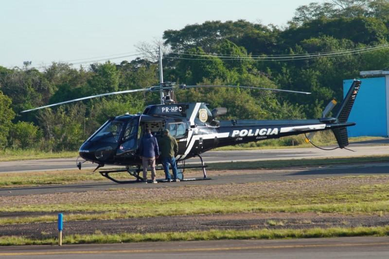 Helicóptero da Polícia Civil seguiu para Santa Maria, carregando as cargas da 4ª CRS (Santa Maria) e da 10ª (Alegrete)